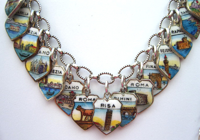 Italy Shield Charm Bracelet 3 - Click Image to Close
