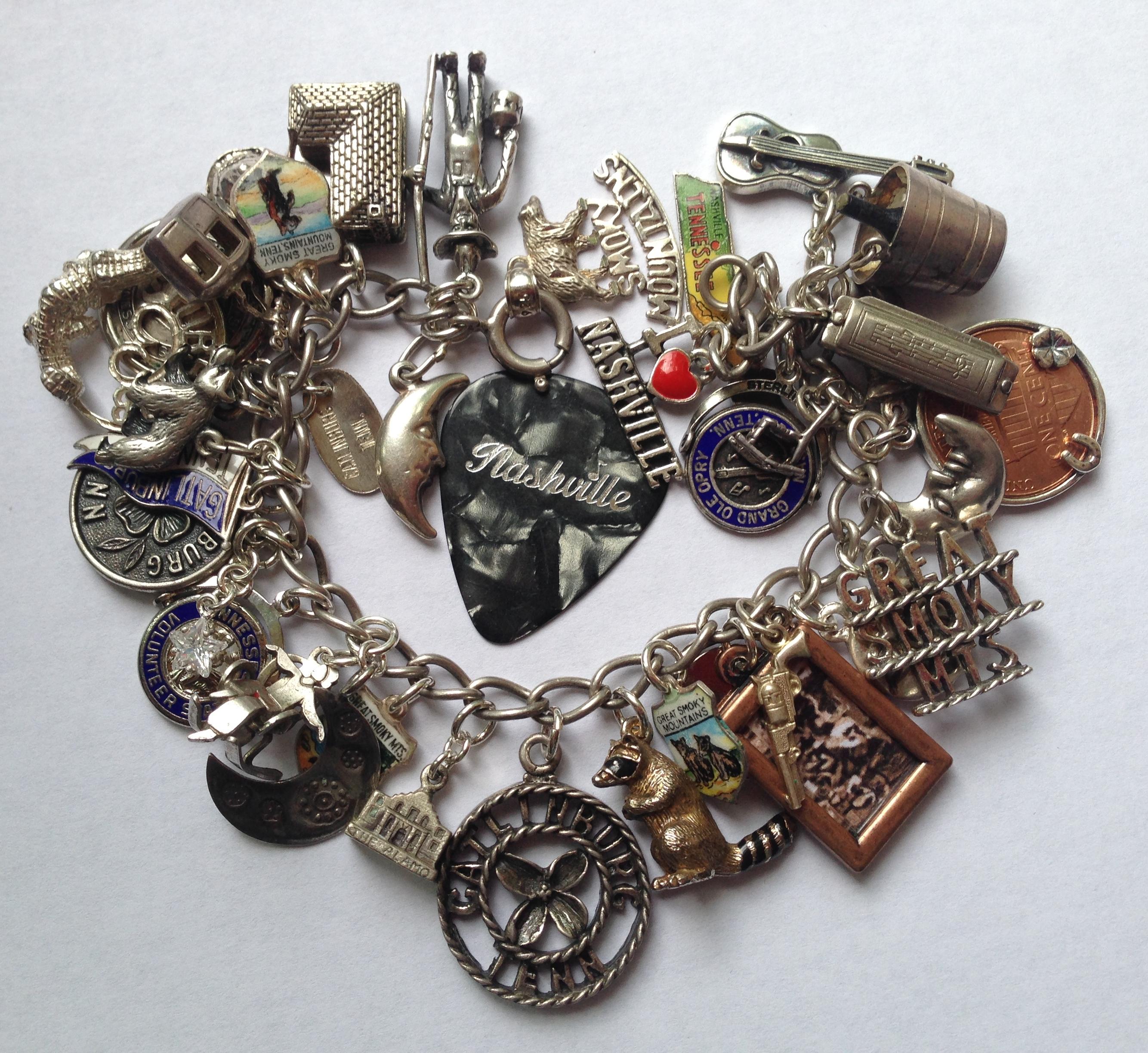 eCharmony Charm Bracelet Collection Smoky Mountains Charm